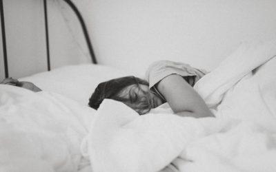 Felejtsd el a rossz éjszakákat! Használj CBD olajat álmatlanság ellen!